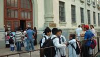 Desde julio, 32.558 alumnos que no concurrieron a clase no cobrarán. Francisco Flores