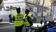 Edil blanco Diego Rodríguez advierte que la medida perjudica la relación entre inspectores y la gente.