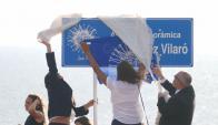 Autoridades y admiradores del artista participaron en el acto. Foto: R. Figueredo
