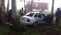 Las víctimas del siniestro quedaron atrapadas en el vehículo. Foto: El Telégrafo