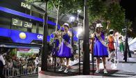 Junto a Momo: el carro de las reinas del Carnaval 2017. Foto: Marcelo Bonjour