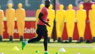 Paul Pogba entrenando en el Manchester United, el pase más caro de la historia: Foto: Reuters