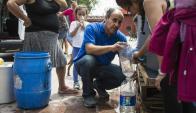 El corte de agua afectó al 60% de la capital chilena. Foto: AFP