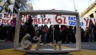 Sindicatos docentes piden al gobierno que se cumpla con la promesa electoral. Foto: A. Colmegna