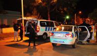 La Policía envió patrulleros y efectivos al barrio 40 Semanas. Foto: Fernando Ponzetto