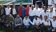 José Luis Bado junto a todo el equipo de Escritorio Walter Hugo Abelenda en Costa Azul. Foto: Emili Martínez.
