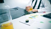 Ley seca. El decreto presidencial prohíbe el consumo de alcohol y otras sustancias en el lugar de trabajo.