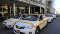 """Uno de los primeros """"bloqueos"""" realizado por taxistas a Uber. Foto: A. Colmegna"""