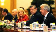 Cosse, Nin Novoa y Vázquez en China. Foto: Presidencia de la República