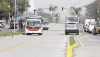 Los ómnibus entraron por primera vez al corredor General Flores. Foto: Darwin Borrelli