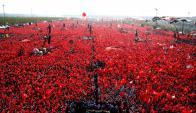 Multitudinaria manifestación en Turquía. Foto: AFP