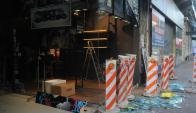 Un local comercial en 18 de Julio fue destrozado tras victoria de Peñarol. Foto: F. Flores