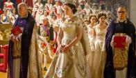 Foy interpreta a la reina Isabel II en la serie The Crown. Foto: Difusión