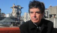 Fernando Cabrera presenta su ciclo con canciones de Mateo y Darnauchans. Foto: Ariel Colmegna.