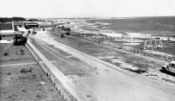 La costa del balneario de Canelones en 1937. Foto: Centro de Fotografía de la IMM.