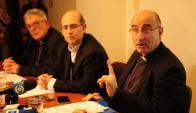 Collazzi, Tróccoli y Sturla presentaron primeros datos de investigación sobre abuso. Foto: M. Bonjour