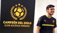 Gastón Rodríguez se presentó en Los Aromos para reforzar a Peñarol. Foto: @LosAromosCAP