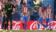 Los jugadores del Atlético de Madrid festejan un gol ante Gijón. Foto: EFE