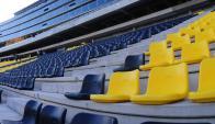 """Inauguración. Con un mega show que recrea la historia de Peñarol se abren hoy por primera vez las puertas del estadio aurinegro """"Campeón del Siglo"""". Foto: Marcelo Bonjour"""