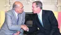 Empatía: Batlle y Bush en la Casa Blanca en 2001. Foto: AFP