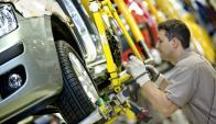 La industria local de ensamblado de vehículos no tuvo un buen desempeño. Foto: Reuters