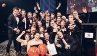 De fiesta. Parte del equipo de Vincit celebra tras ser reconocida como la mejor empresa para trabajar de toda Europa.