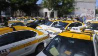 Taxistas se oponen a la firma del convenio por el botón de pánico. Foto: Ariel Colmegna.