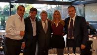Acuerdo. Marqués junto a Cerezo (en el centro) y los organizadores del evento. (Gentileza Punto Ogilvy)