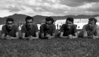Ghiggia con sus compañeros de Maracanazo. Foto: archivo El País