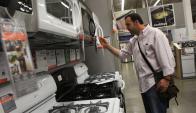 Electrodomésticos: sus ventas cayeron 11% el año pasado. Foto: Archivo El País