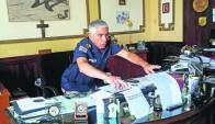 El jefe de Policía de Cerro Largo, Adán Olivera, en su despacho. Foto: Néstor Araújo.