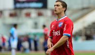 Sebastián Fernández con la camiseta roja. Foto: Gerardo Pérez
