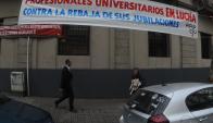La Caja: los afiliados denuncian una rebaja en sus jubilaciones. Foto: Fernando Ponzetto