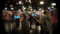 Filmación del programa La Tarde en Casa en Canal 10. Foto: Fernando Ponzetto.