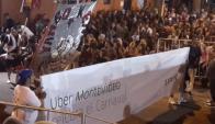 La IMM bajó los carteles de Uber de las Llamadas. Foto: Twitter
