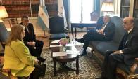 Cancilleres de los países fundadores del Mercosur reunidos en Argentina. Foto: @joseserra_ / Twitter.