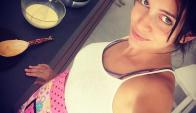 A punto de dar a luz, Zaira Nara no para y sigue cocinando. Foto: @zairana
