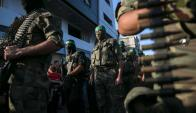 Las armas incautadas eran utilizadas tanto por terroristas como por criminales. Foto: AFP