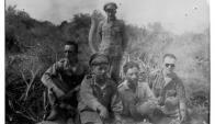 Un alto en la Guerra del Chaco, 1932-1935. (Colección Tito Aranda, Asunción. Foto Inédita)