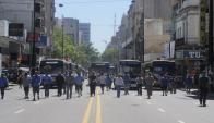 Protesta de los trabajadores del transporte colectivo en Montevideo. Foto: A. Colmegna