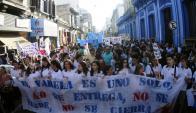 Protesta por cierre del Colegio Jose Pedro Varela. Foto: F. Ponzetto
