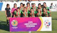 Las once jugadores que disputaron el último partido de Colón en la Copa. Foto: @AUFfemenino