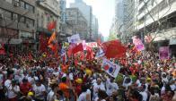 """Perera: """"Llevan proyectos de ley adelante y fuerzan a los parlamentarios""""."""