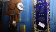 """Anoche, el local tenía estampados los carteles de """"clausurado"""". Foto: Marcelo Bonjour"""