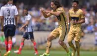 Matías Britos celebrando el gol para Pumas. Foto: EF