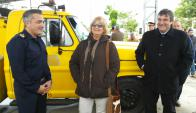 Leandro Palomeque, la alcaldesa Graciela Echenique y el intendente Botana. Foto: Néstor Araújo