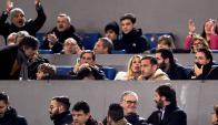 Totti en la tribuna del Olímpico. Foto: AFP