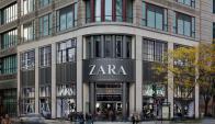 Zara. Una de las empresas del grupo Inditex, que explican el crecimiento de la fortuna de Ortega. (Foto: Archivo El País)