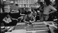 Springsteen y parte de la E Street Band durante el largo proceso de la grabación del disco.