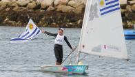 Londres 2012. Alejandro Foglia celebra con el Pabellón Nacional su octavo puesto en los Juegos Olímpicos.